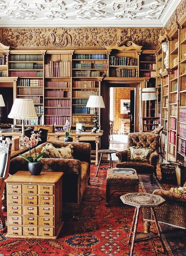 The castle library.