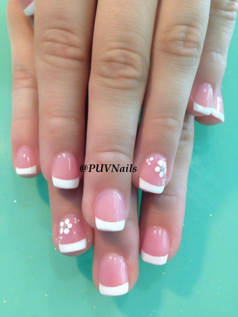 Pink And White Gel Nails With Design - valoblogi.com