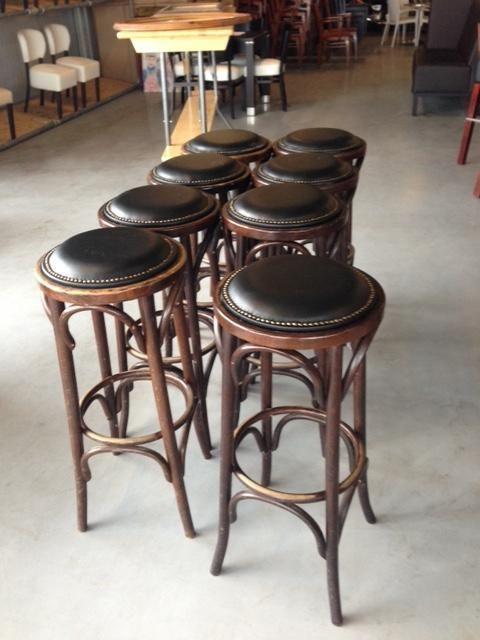 Sale horeca outlet partijen stoelen tafels barkrukken for Moderne stoelen outlet