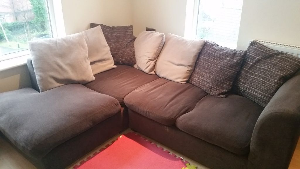 Corner Sofa On Gumtree Corner Fabric Sofa About 3 Years Old Need Go Today Used But Plenty Of Life Corner Sofa Single Sofa Bed Sofa
