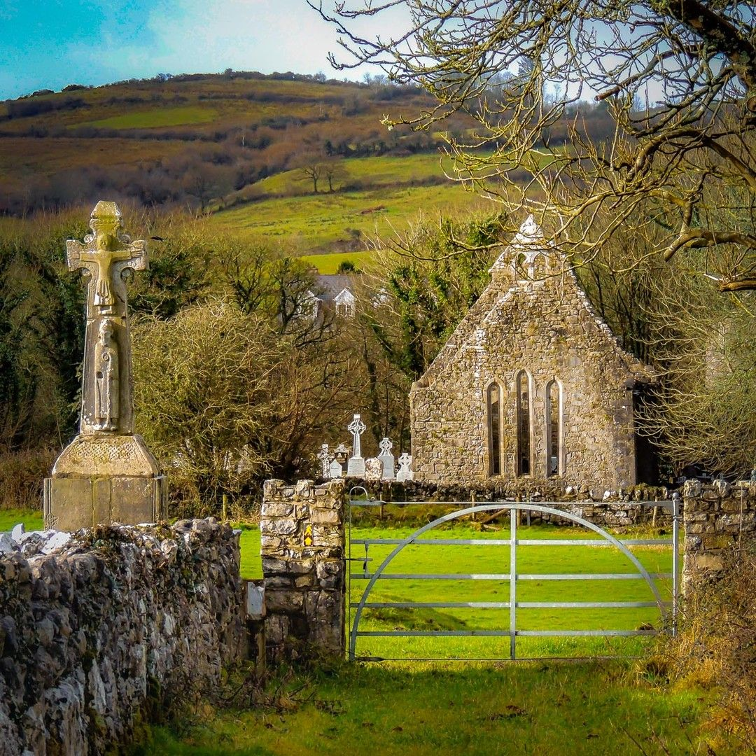 Temple Cronan Early Christian Church - glises - confx.co.uk