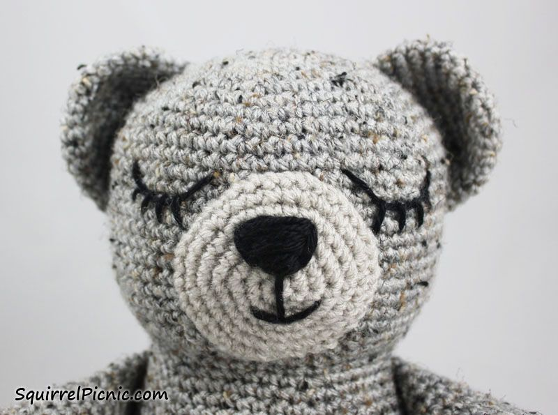HodgePodge Crochet Presents How To Crochet Eyes For Your Amigurumi ... | 595x800