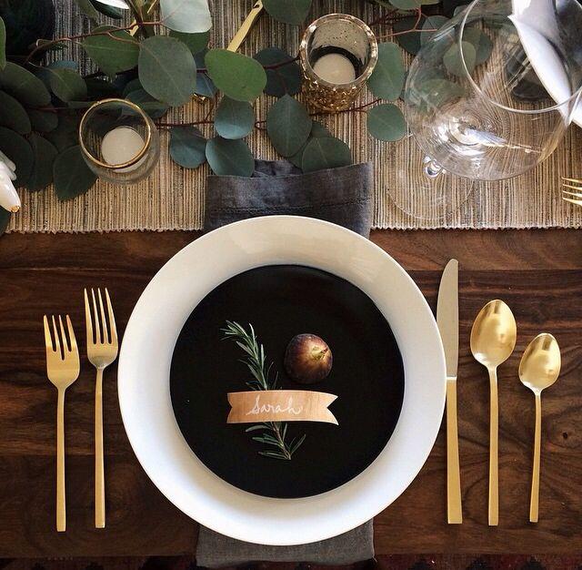 Holiday Table Eucalyptus Leaves Noel En 2019