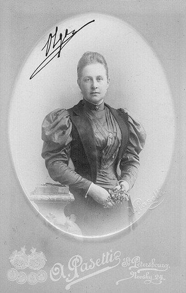 All sizes   Königin Olga von Griechenland, nee Grand Duchess of Russia 1851 – 1926   Flickr - Photo Sharing!
