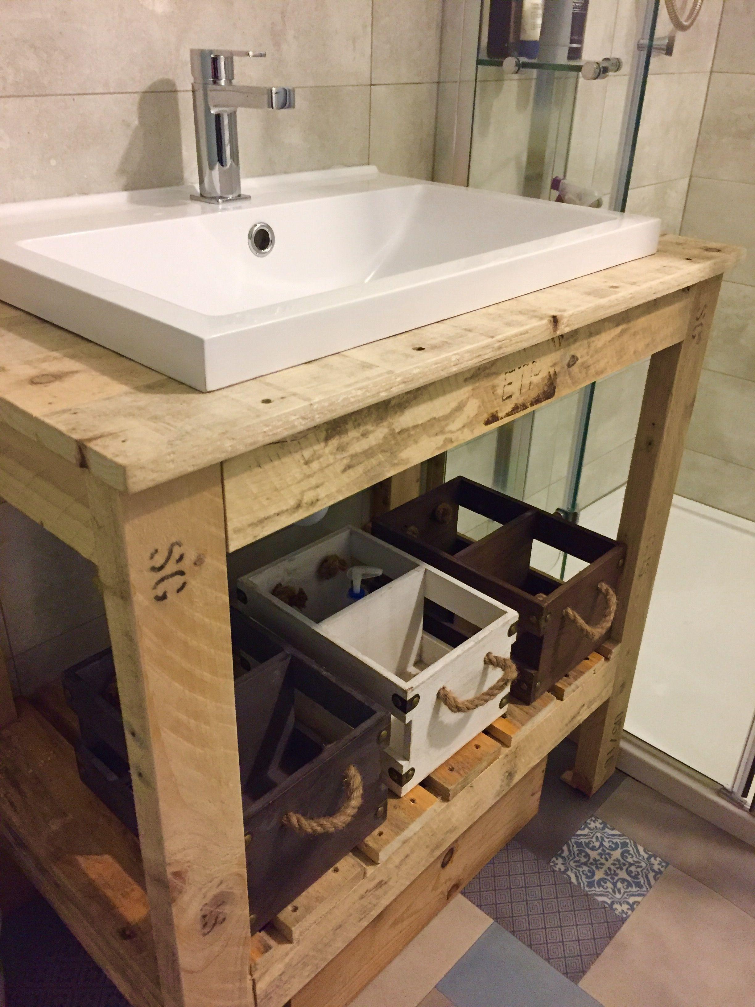 Pallet Sink With Images Bathroom Sink Diy Pallet Bathroom