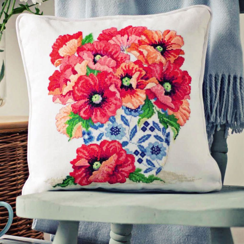 Poppies In China Project Available In Cross Stitch Collection 254 October 2015 Punto De Cruz Manos A La Obra Puntos