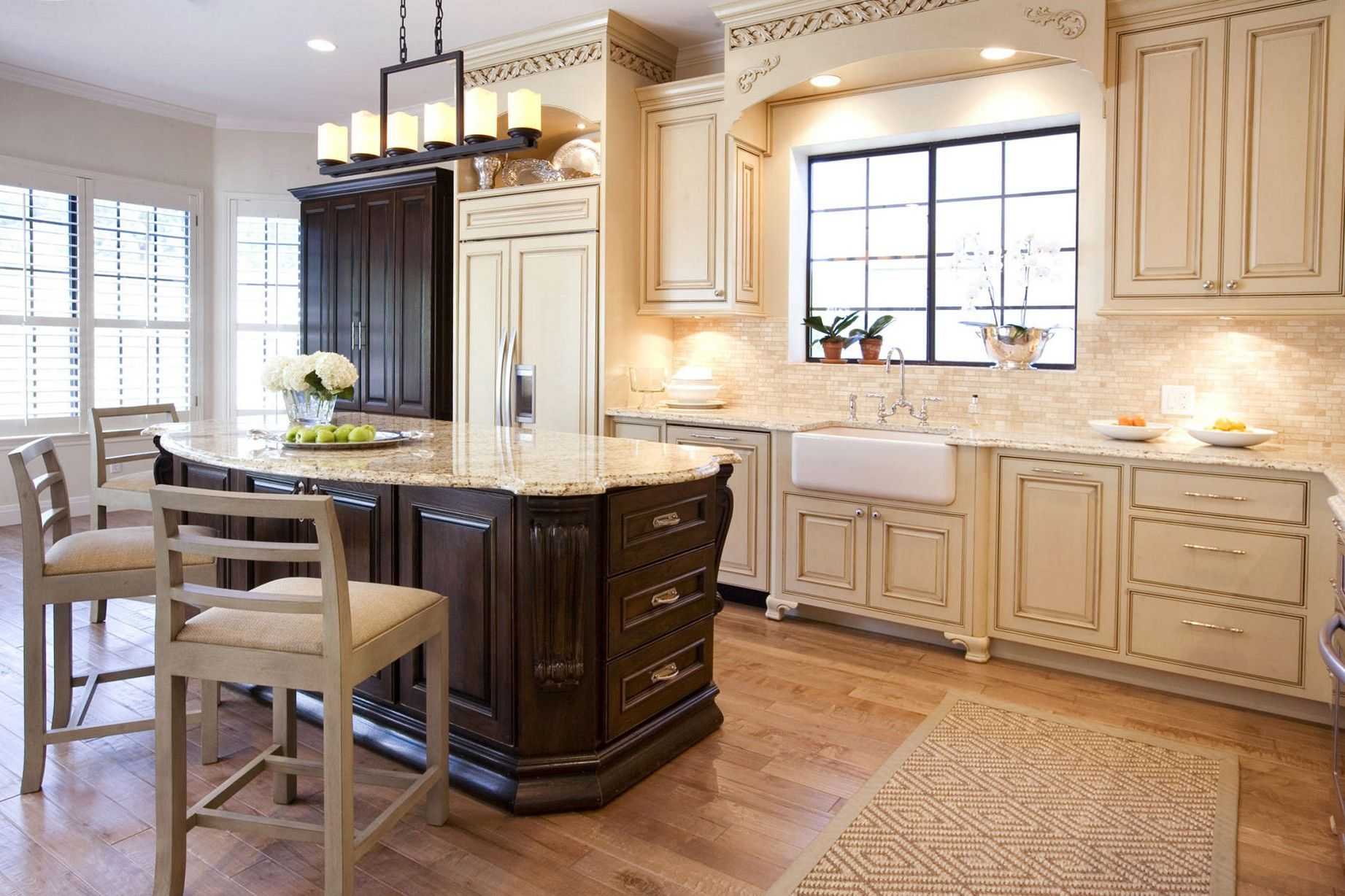 Pin By Riley Gardner On Bv Window Treatments French Country Kitchen Cabinets French Country Kitchens Country Kitchen Cabinets
