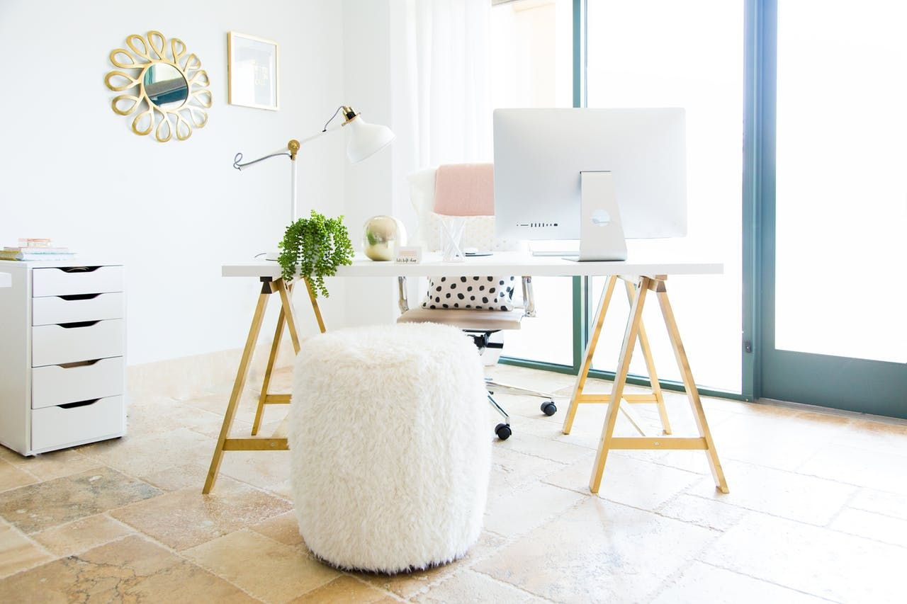 Relaxed Luxury In A Modern, Bright U0026 Chic Creative Space. Ikea DeskOffice  ...