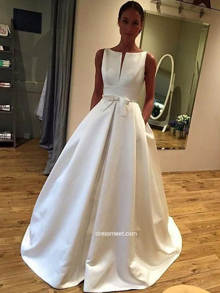 Vintage Ball Gown Scoop Neck Open Back White Satin Long Wedding Dresses With Pockets Satin Wedding Gown Plus Size Wedding Gowns Wedding Dress With Pockets