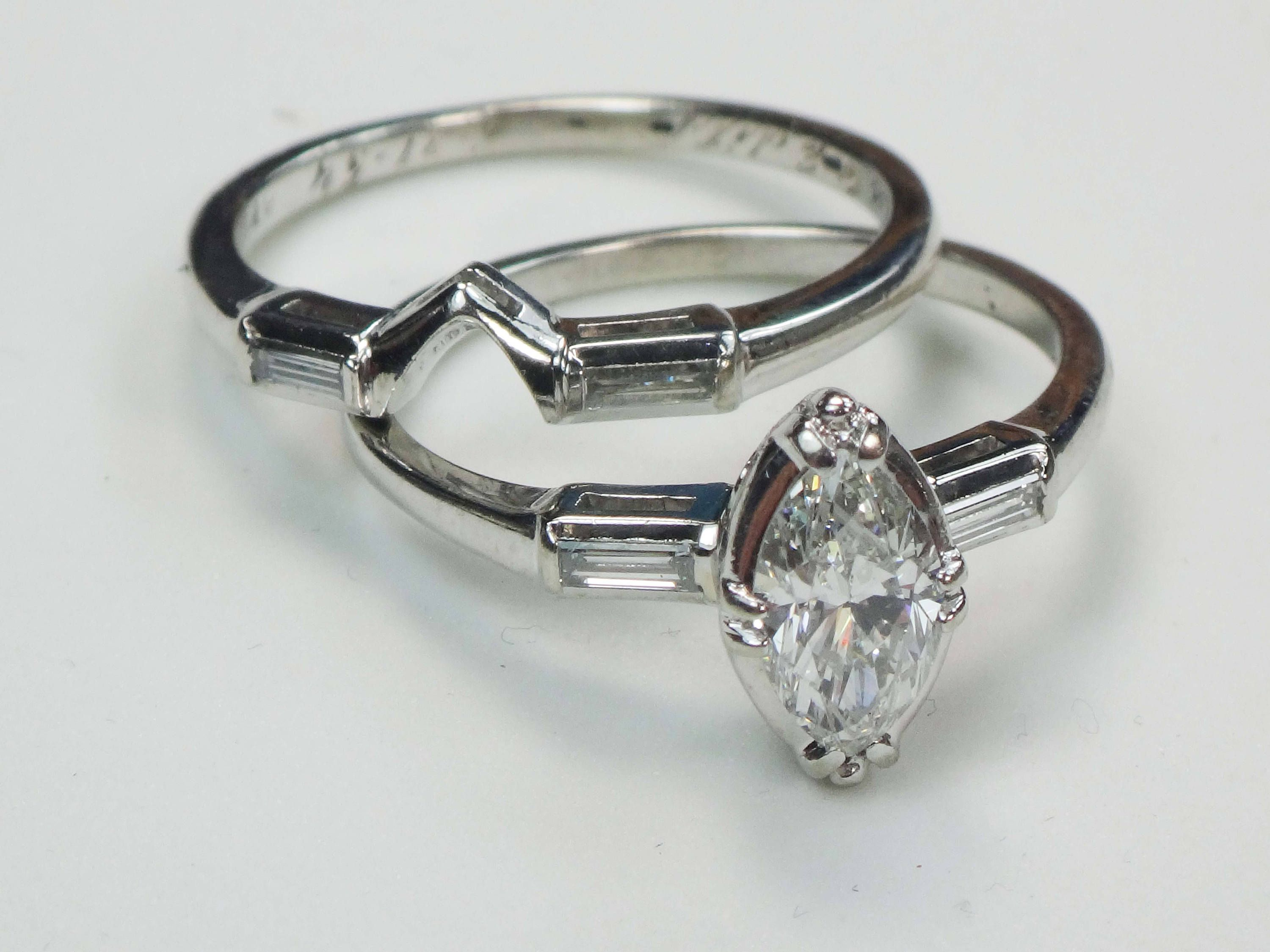 $2 100 Vintage 14k Marquise Cut Diamond Wedding Ring Set White
