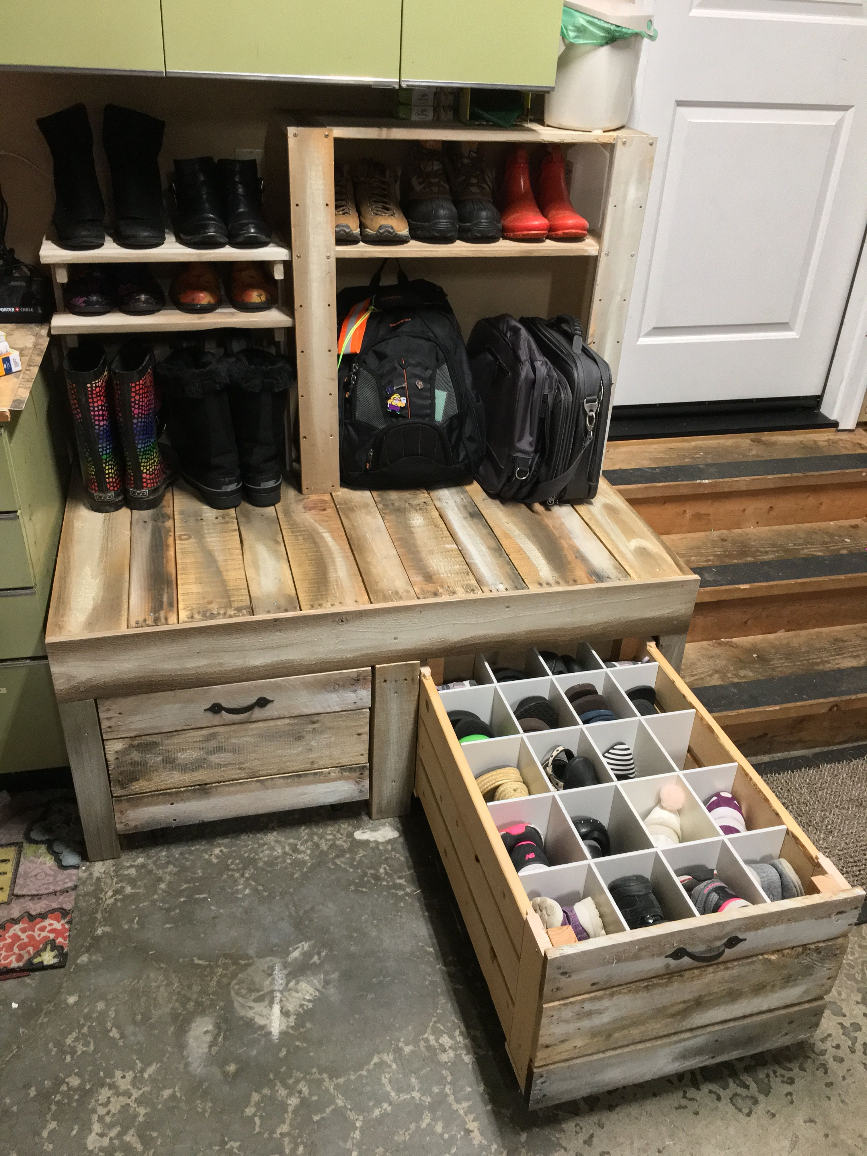 Wondrous Shoe Storage With Bench Drawers Hide Shoes And Keep Them Lamtechconsult Wood Chair Design Ideas Lamtechconsultcom