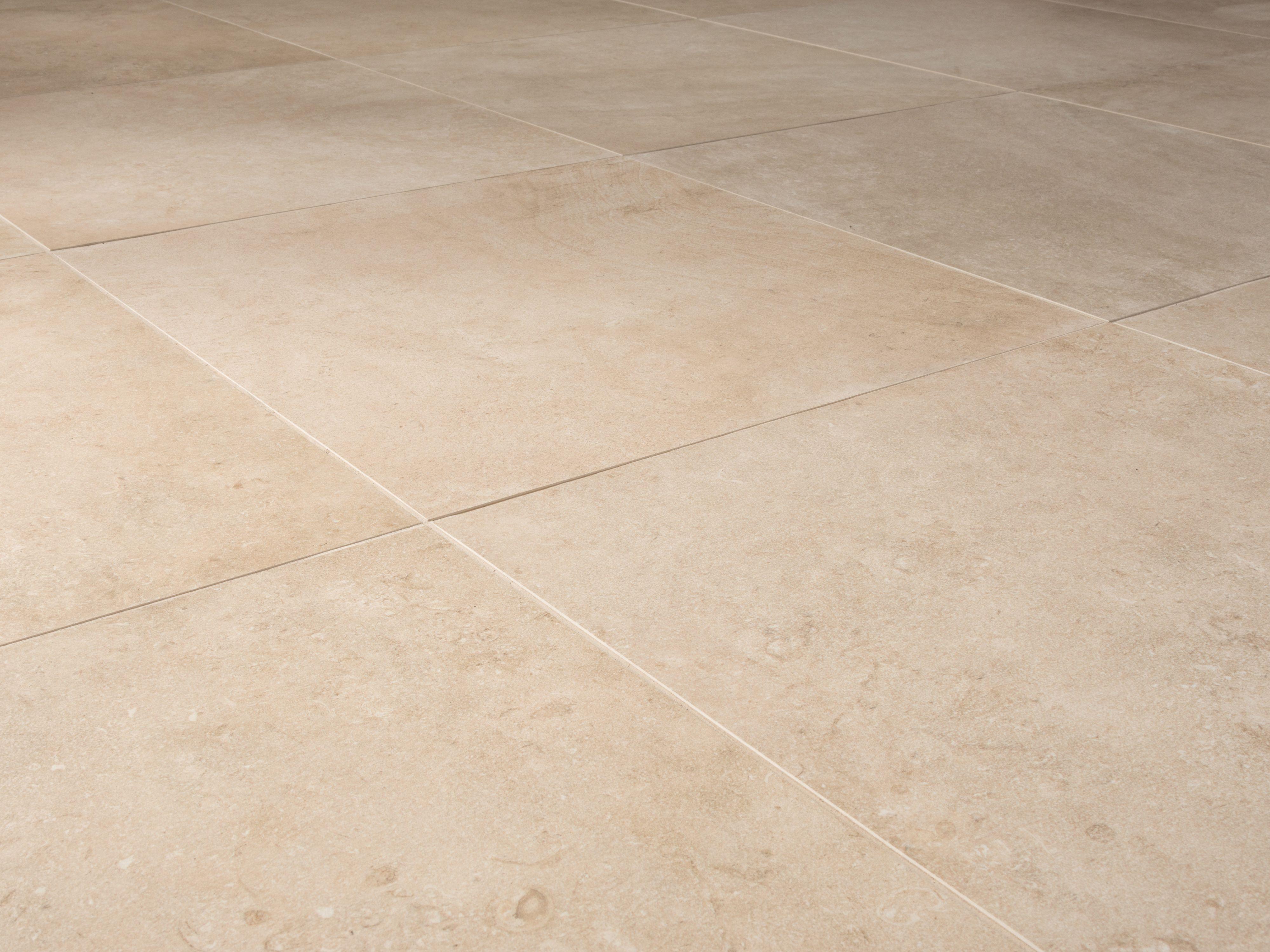 Fliesen in Kalksteinoptik Italian Beige in 2019
