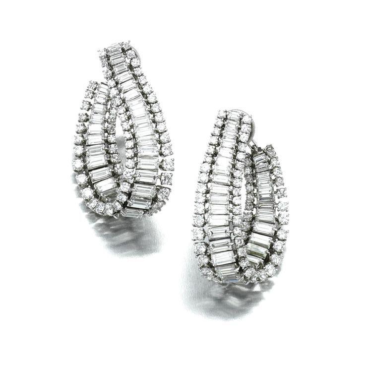 Pin by saiaka kakak on Small earrings | Pinterest | Small earrings ...