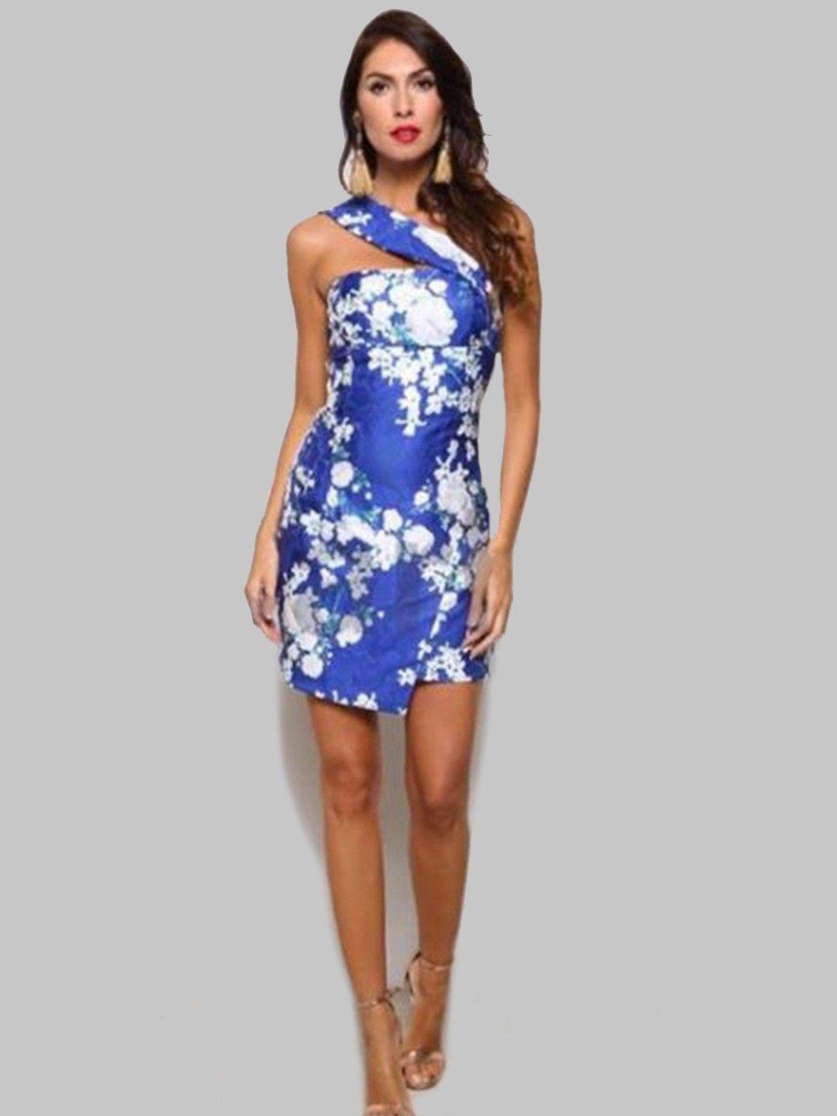 95da7e636 Vestido Casandra - Vestido en color azul con estampado de flores en ...