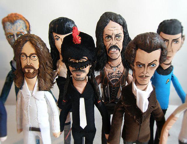 100% ART Dolls by MEDIODESCOCIDO, via Flickr