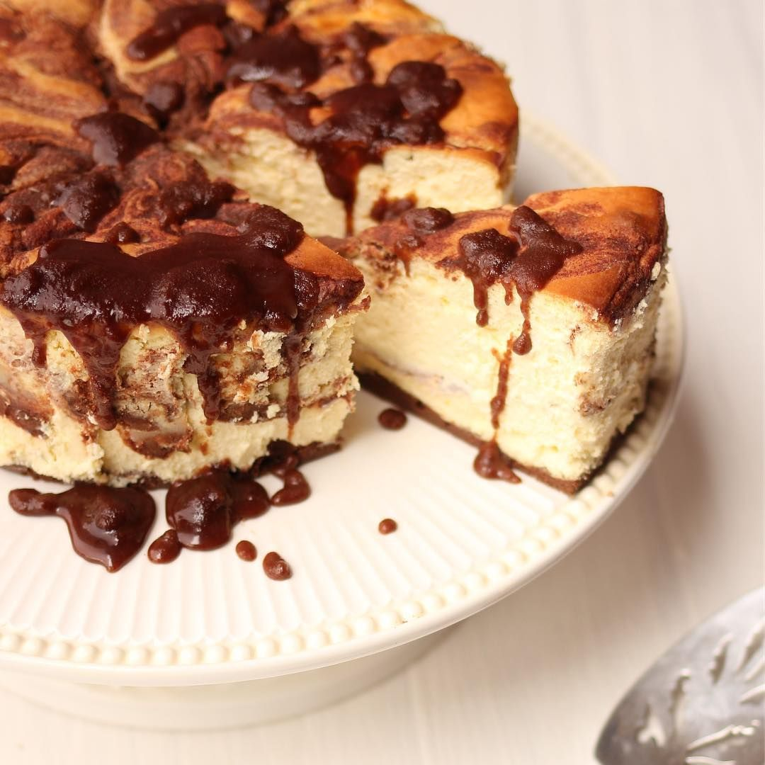 """Maria Emmerich on Instagram: """"My Cinnamon Roll Cheesecake has always been a family favorite keto dessert! Now you can make it in your instant pot! One of my favorite…"""" #instantpotcinnamonrolls Maria Emmerich on Instagram: """"My Cinnamon Roll Cheesecake has always been a family favorite keto dessert! Now you can make it in your instant pot! One of my favorite…"""" #instantpotcinnamonrolls"""