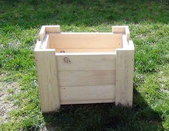 fabriquer une jardinire uniquement avec des lames de palette et des vis bois dans cet exemple la jardinire mesure hors tout 600 x 400 x h 450 mm - Fabriquer Jardiniere Avec Palettes