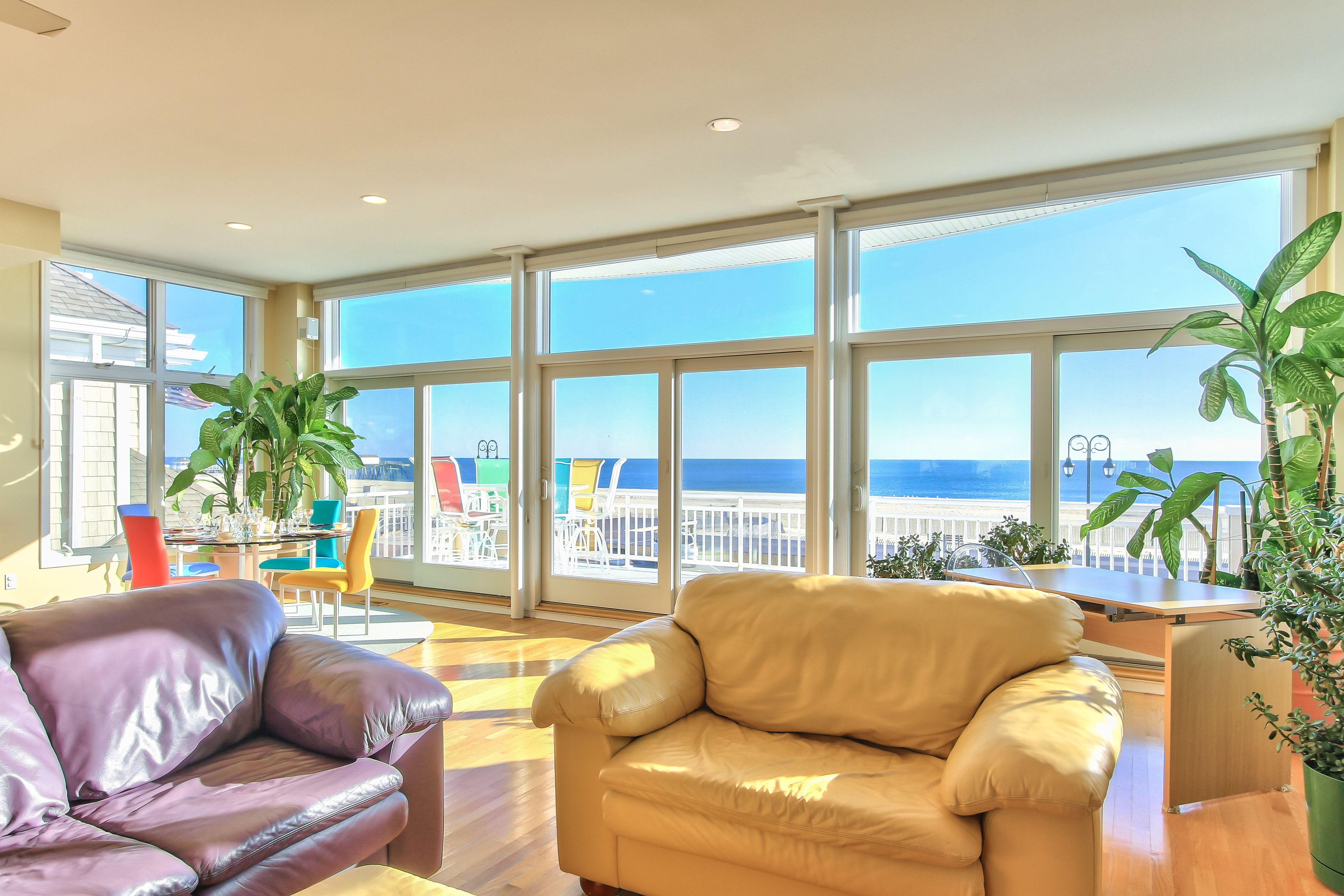 Photo 3 of 11 in coastal contemporary 10 modern seaside