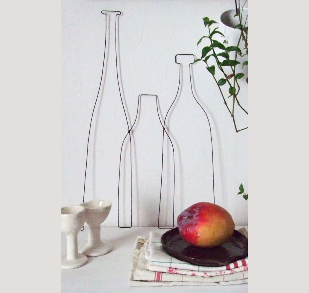 une d coration murale de cuisine en fil de fer les. Black Bedroom Furniture Sets. Home Design Ideas