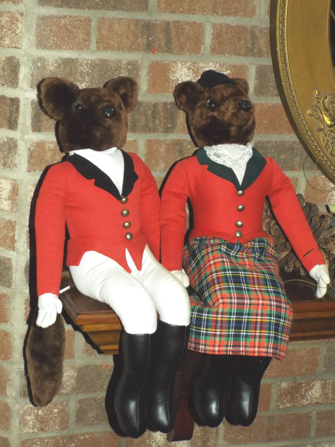 Mr And Mrs Fox Mantle Sitters Dolls