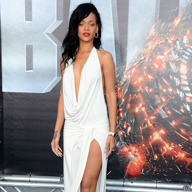 25 Red Carpet Looks That Prove Rihanna Has Been Iconic ...