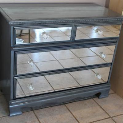 Beau DIY Mirrored Dresser {Armoires U0026 Cabinets}   Tip Junkie