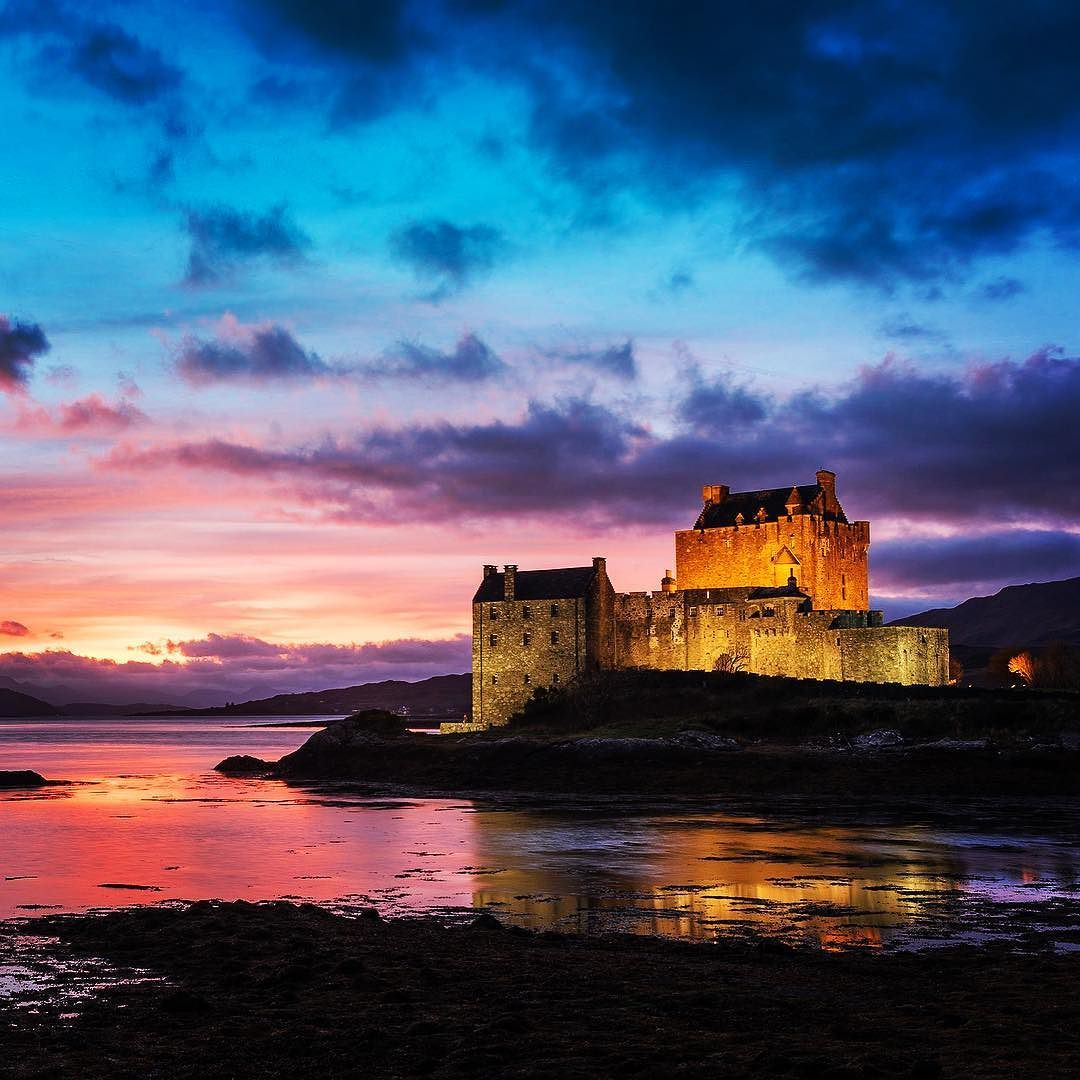 Eilean Donan Castle on the most amazing night...the sunset and colours were spectacular! #scotland #uk #nikon #wonderlust #la…   Cool pictures, Castle, Tower bridge