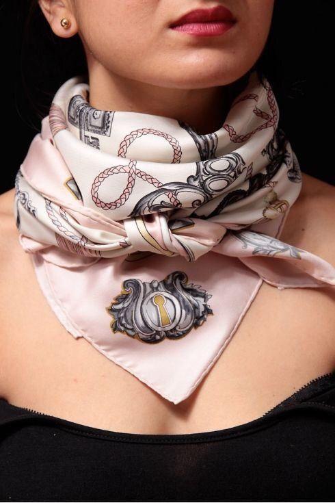 Double-wrapped neck scarf Add Sinchi™ WOW them... www.SinchiScarfClip.com