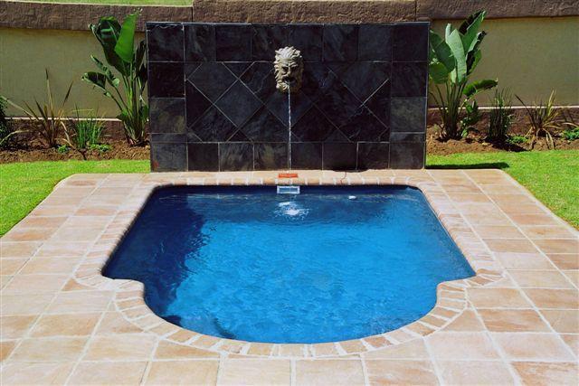Townhouse Pools Fibreglass Pools Fiberglass Pools Pool Townhouse