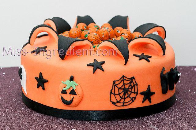 Happy Halloween Happy halloween, Cake and Halloween cakes - decorating halloween cakes