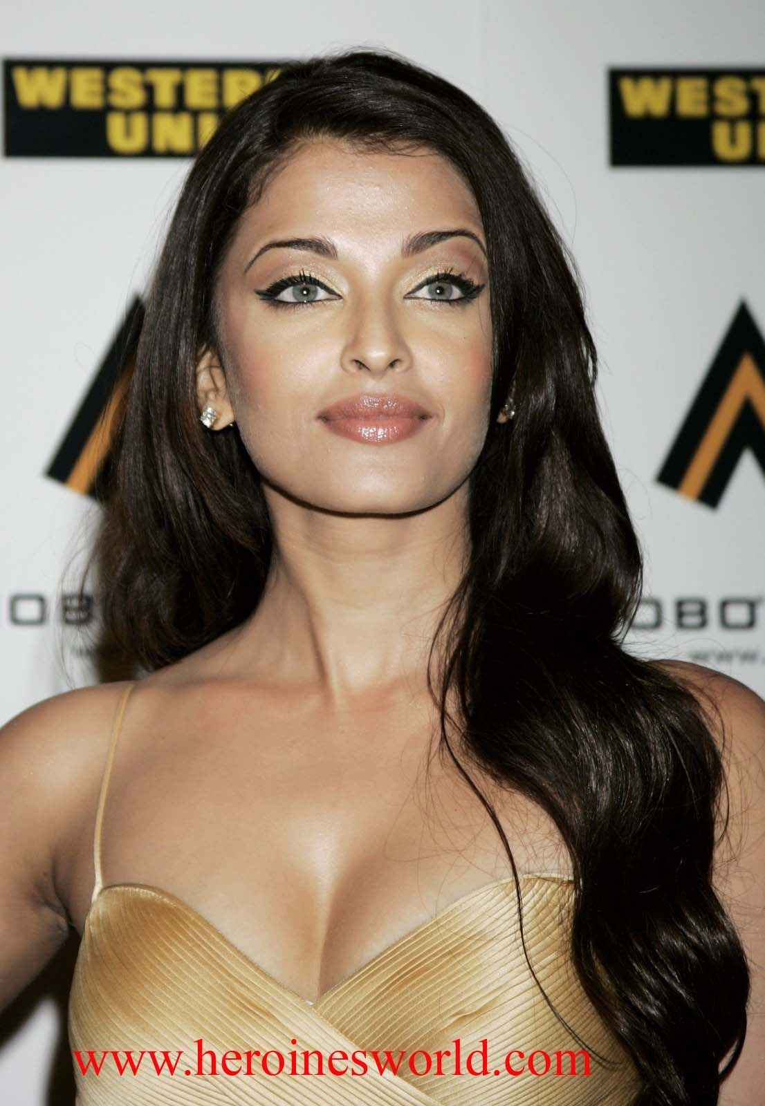 Aishwarya rai sexy photos download