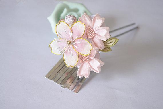 Handmade Japanese Traditional Tsumami Kanzashi Hair Clip Pin Kimono Yukata Outfit Wedding Ornament Pink and Red Sakura and Cute White Rabbit