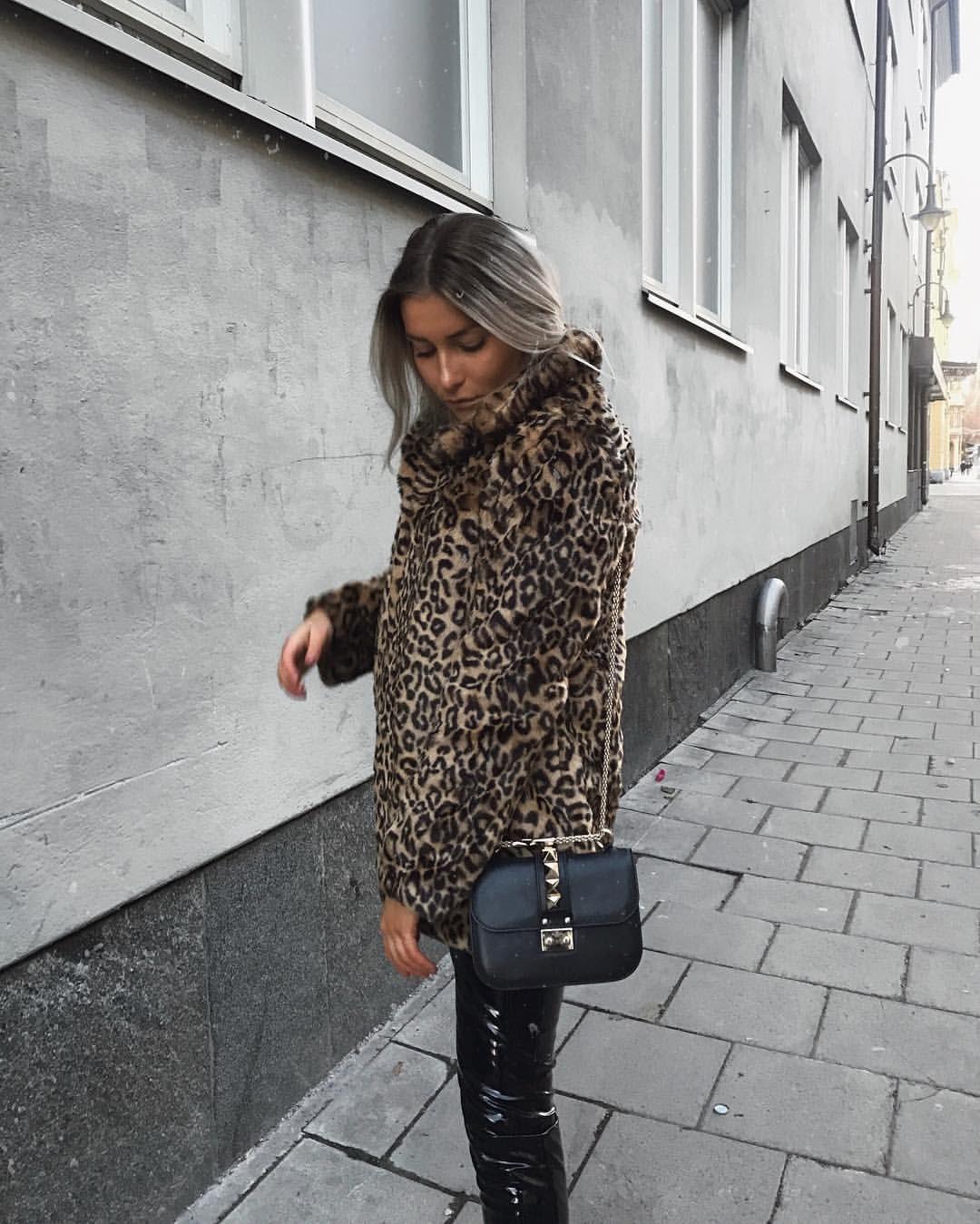 f543d7d4c338 alicia franzen, outfit, outfit inspo, Valentino bag, valentino bag outfit,  ivy revel, vinyl pants, vinyl, leopard print, leopard fur, leopard jacket