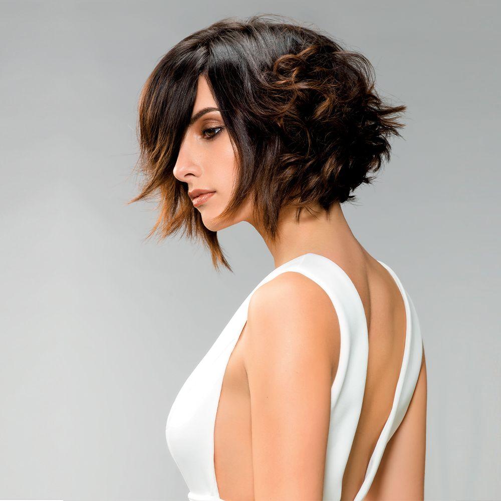 Carre Court Meche A L Avant Idees De Coiffures Idees Cheveux Longs Coiffures Feminines