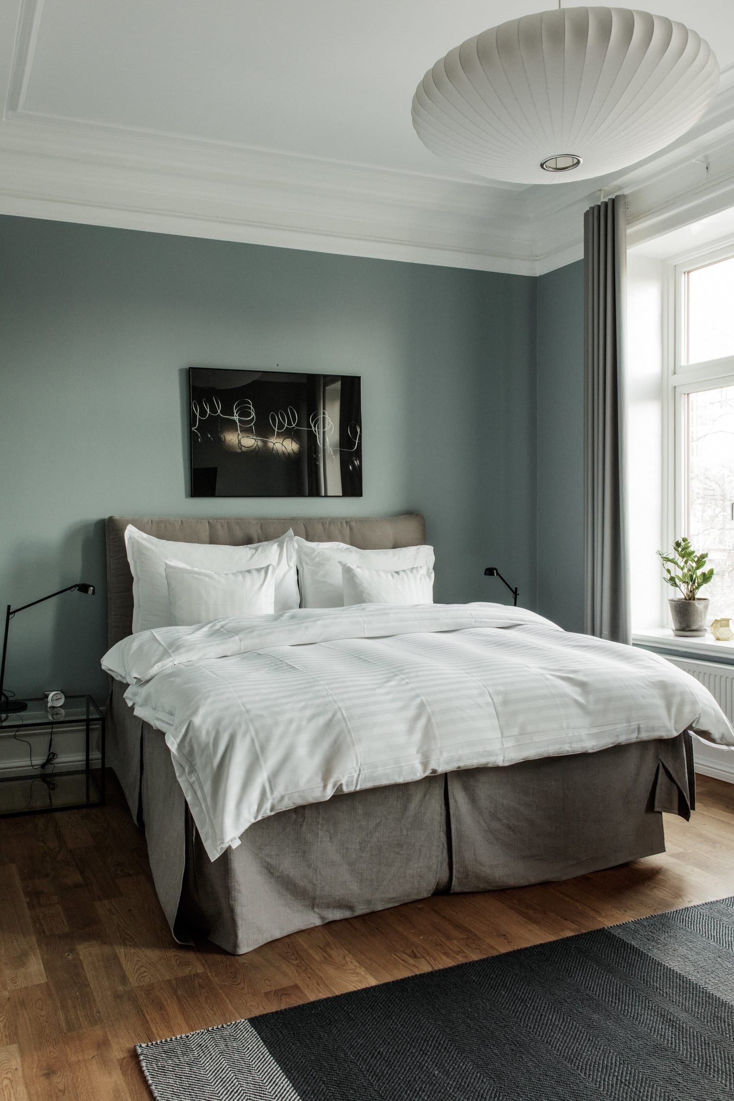 Small Hotel Room: How To Sleep Better, According To Sweden's Hotel Duxiana