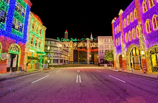 Walt Disney World, Hollywood Studios, Osborne Family Spectacle Of Dancing  Lights, Christmas Lights | Disney ~ Osborne Lights | Pinterest | Christmas  Lights