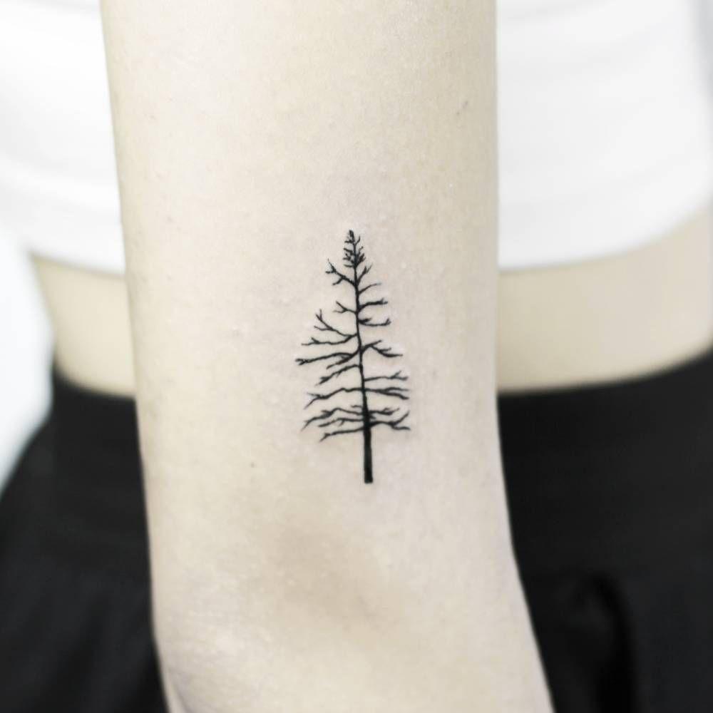 Minimalist Simple Leaf Tattoo: Minimalistic Tree. Tattoo Artist: Stella Luø