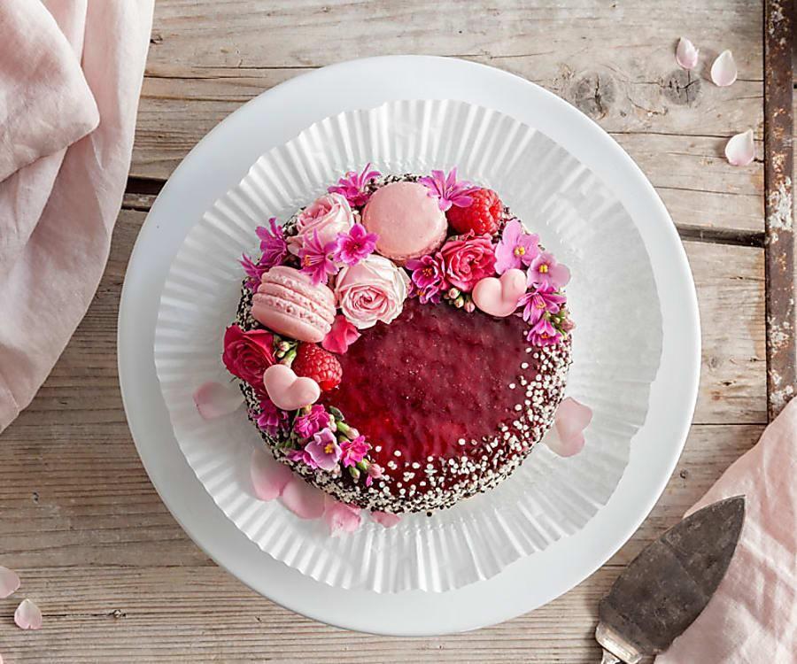 Erdbeer Raffaello Torte Rezept Muttertag Kuchen Lebensmittel Essen Und Muttertagstorte