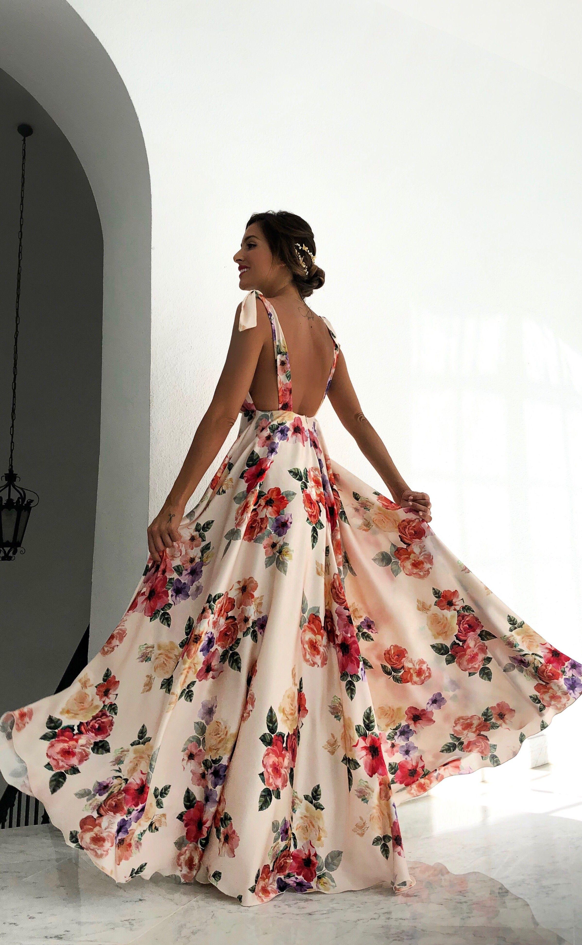 Vestido Alba Crudo Rocío Osorno Diseñadora De Moda Sevilla Vestidos Largos Para Boda Vestidos Largos Vestidos De Fiesta Largos