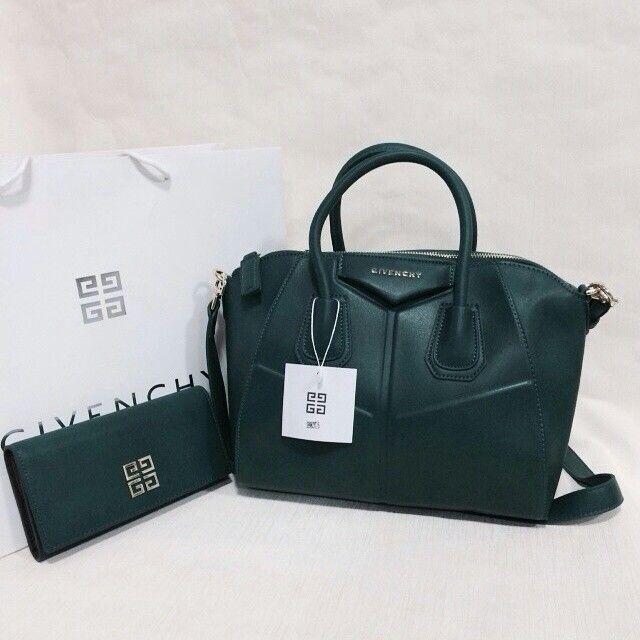 be0973cc2 جفنشي مع محفظه 400 ريال | شنط و شوزات | Bags, Tops, Fashion