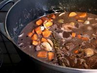Boeuf Bourgogne - recette boeuf bourguignon (avec marinade au vin rouge) - Recet... -