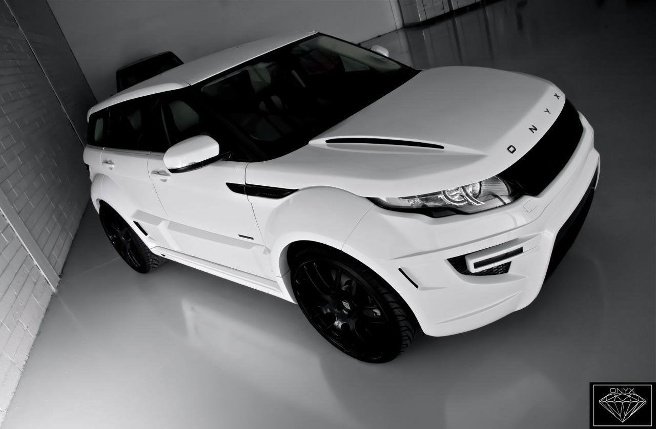 Range Rover Evoque Onyx Rogue Edition