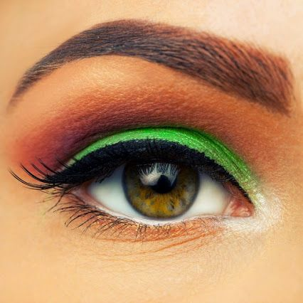 qc makeup academy  google green and orange eyeshadow for