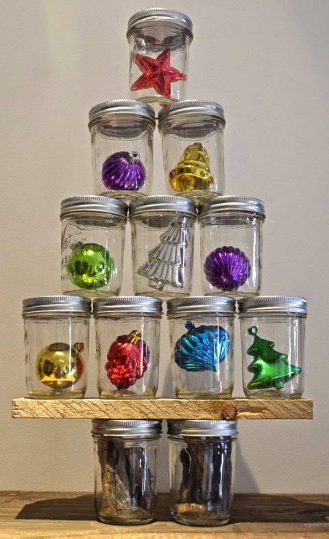 Mason Jar Christmas Tree- Would really just be cute to have a couple of jars sitting around with ornaments inside.