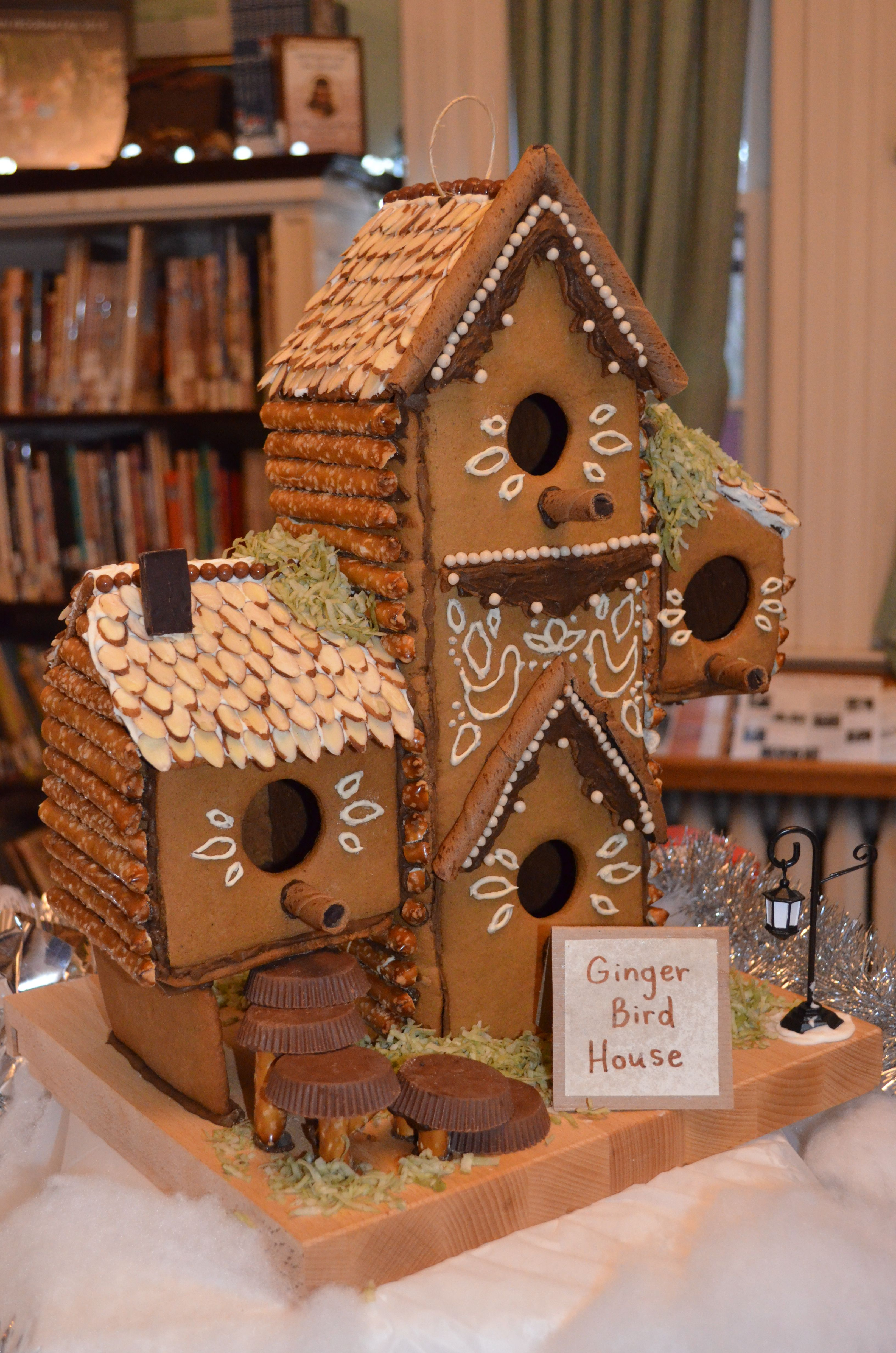 Gingerbread House Birdhouse In