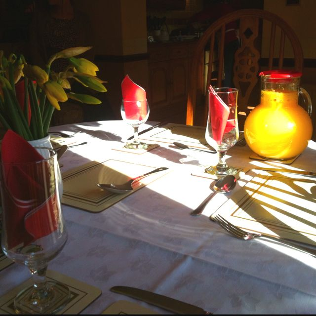 Mother's day dinner table