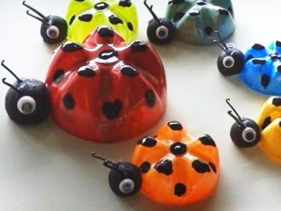 Plastic Bottle Ladybugs Are The Cutest Craft | Water bottle crafts ...
