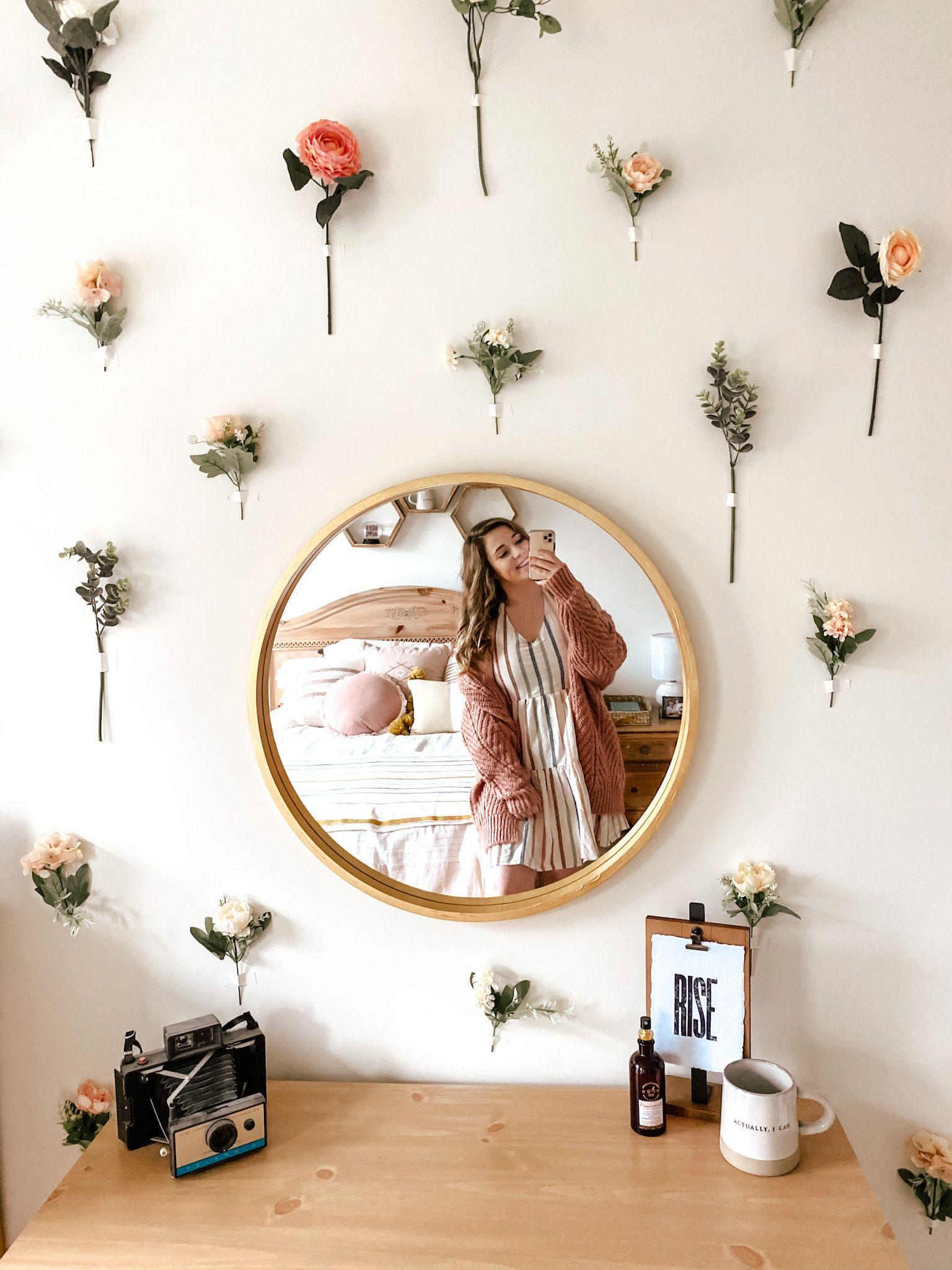 DIY: Flower Wall