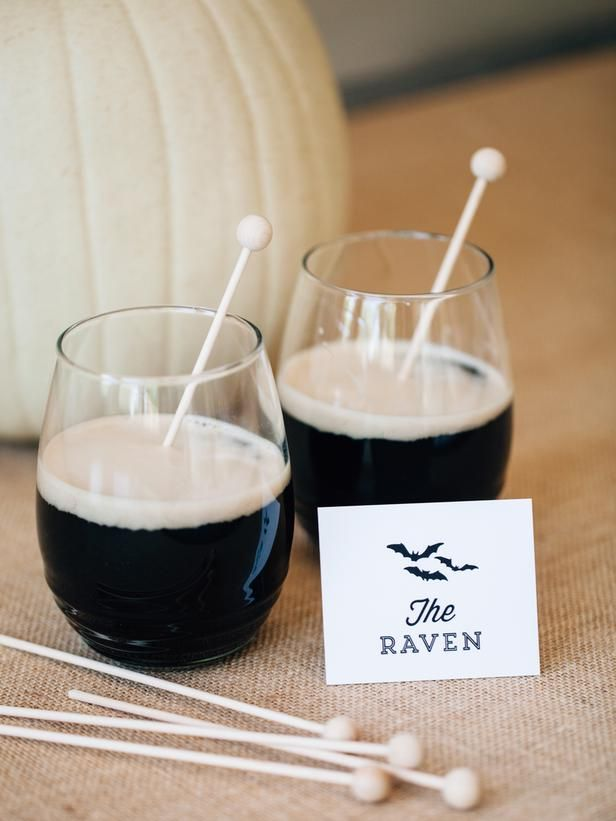 DIY Network has tasty drink recipes and fun ways to dress cocktails for a Halloween party or autumn event.