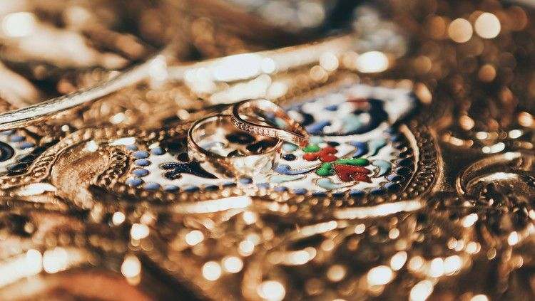 14++ Whats the best way to sell jewelry info